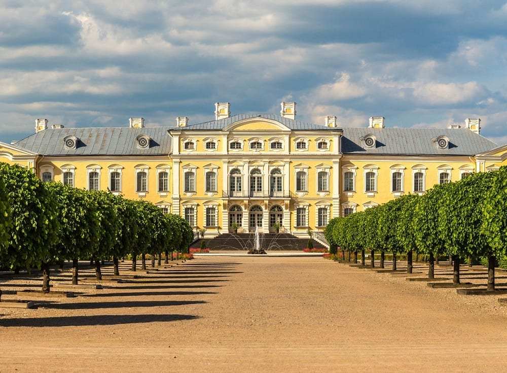 Day Trip from Riga to Vilnius