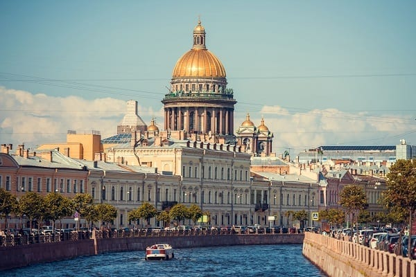 Cruise ship shore excursions in St.Petersburg, Russia