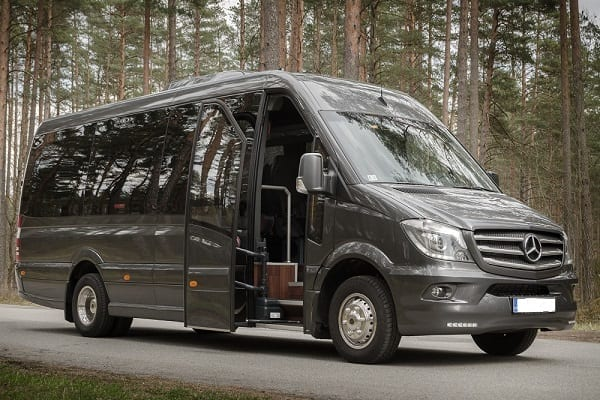 Minibus Rental in {bus_rental_cities_europe}